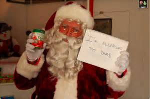 Com pictures funny christmas pictures funny santa pictures santa memes