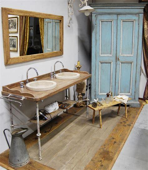 mobili da bagno antichi mobile da bagno con struttura in ferro porte passato