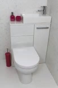 10 id 233 es de rangements au dessus de la toilette