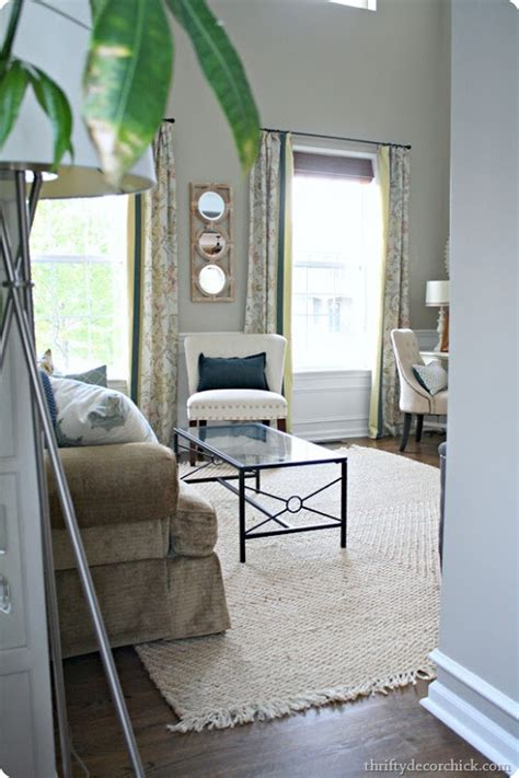 dark gray accent wall from thrifty decor chick analytical gray sherwin williams for the accent in