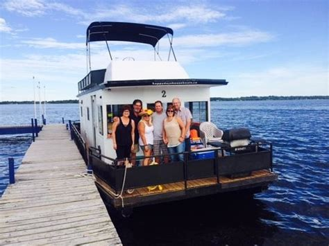 happy days house boats top 5 things to do in bobcaygeon on on tripadvisor bobcaygeon attractions find