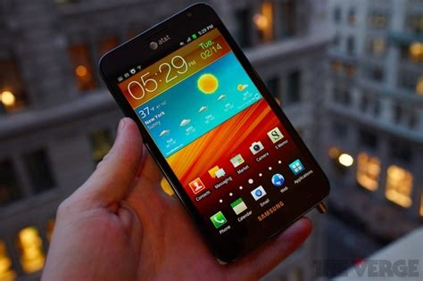 samsung galaxy note 4 review the verge official at t samsung galaxy note android 4 0 rom leaks the verge