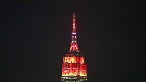empire state building holiday light show youtube