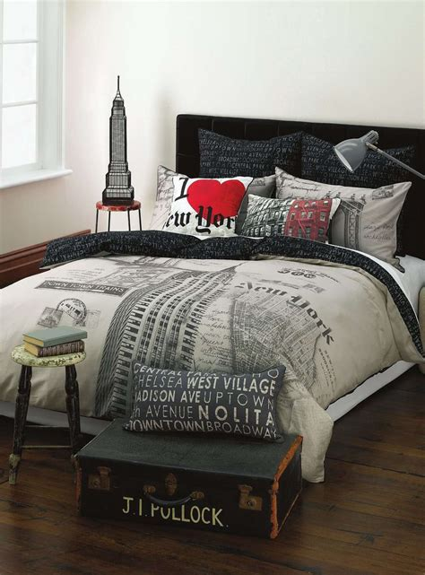 city themed comforter sets best 25 new york bedroom ideas on pinterest new york