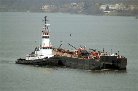 tugboat brooklyn tugboat information