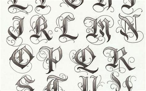 tattoo fonts list artist enrique castillo alphabet list puppet