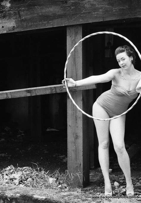 20 Pictures of Girls with Hula Hoops
