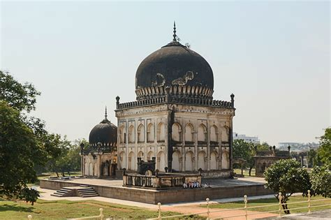 biography of muhammad quli qutb shah qutb shahi tombs entire dynasty taking eternal sleep in