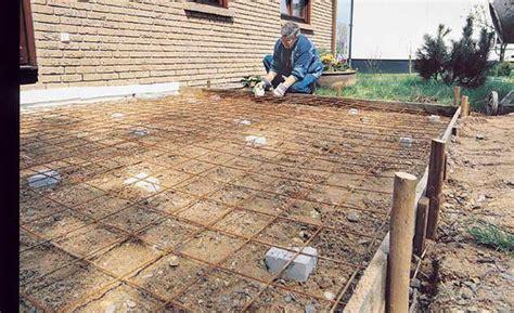 Kosten Bodenplatte Gartenhaus by Bodenplatte Betonieren Holzterrasse Und H 252 Tten