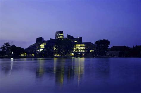 design university indonesia university of indonesia library by denton corker marshall