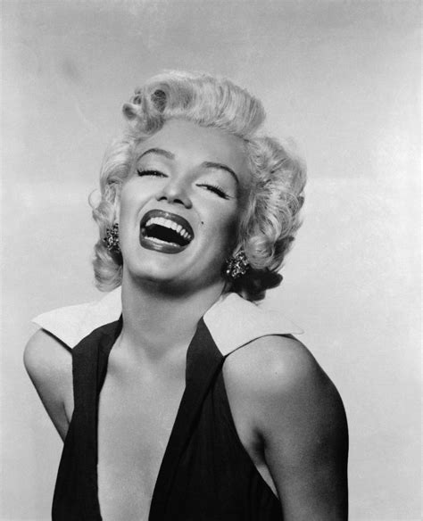 images of marilyn beautiful b w portraits of marilyn vintage everyday