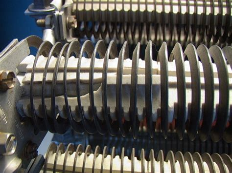 edge wound power resistors shop made resistive load bank w ohmite type er edge wound resistors 25 ohms 9