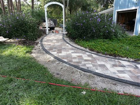 Garden Path Edging Ideas Decor Tips How To Design Charming Landscape Using Pea