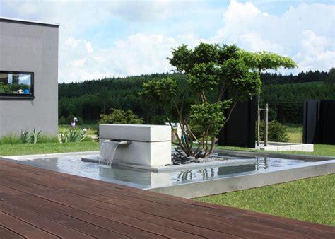 bild balkongrten und terrassen giardina wasser im garten
