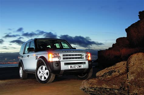 used land rover discovery buying used land rover discovery 3 4x4 magazine