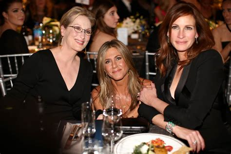 jennifer aniston julia roberts julia roberts wordy little tongue twister at the sags
