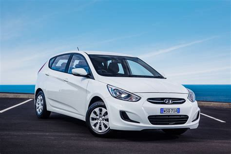 Accent Hyundai 2015 by 2015 Hyundai Accent Pricing And Specifications Photos 1
