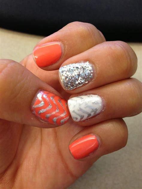 zig zag pattern nails orange gel and silver zig zag design nail art