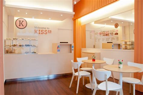 Cupcake Shop Interior Design by Pin By Aulia Dhona On Bakery Shop Idea