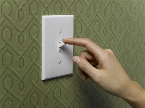 how lights work how does a light switch work