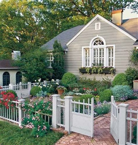 Cottage Landscaping Ideas For Front Yard by Cottage Front Yard Gardening