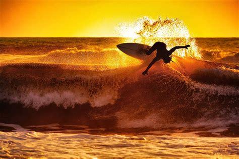 Wave Sunset Wallpaper