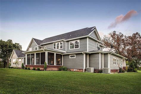 Modernes Bauernhaus by Modern Farmhouse Ramsey Building New Home Construction