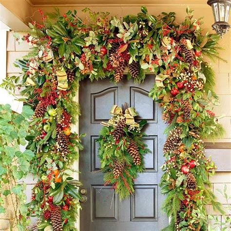 Front Door Swags Garland And Swag Decorating Ideas Front Doors Decorations And Magnolias