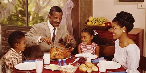 guys here s why you need to make your own damn plate at thanksgiving dinner 187 vsb