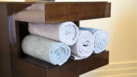 mobile bagno legno massello westwing mobili bagno in legno eleganza e raffinatezza