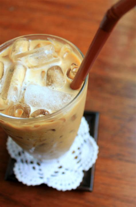 Making Your Own Healthy Iced Coffee At Home Is Easy
