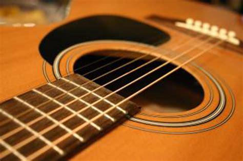 lettere corde chitarra classica le moderne classiche canzoni camaleonte roma