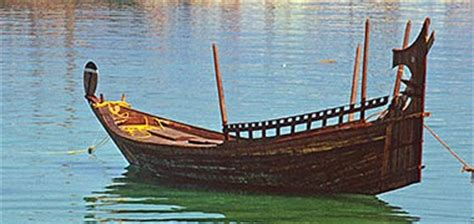traditional boat types - Types Of Boats In The Uae