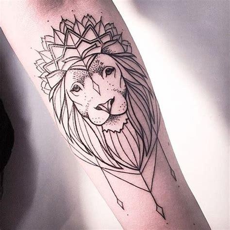 tattoo mandala jambe les 25 meilleures id 233 es de la cat 233 gorie tatouage de lionne