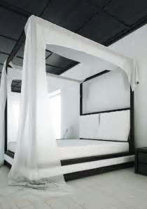 Canopy Bed By The Canopy Bed