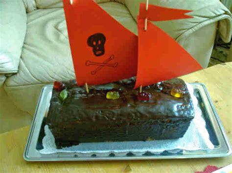 kuchen piratenschiff rezept kuchen f 252 r den kindergeburtstag backen kindergeburtstag