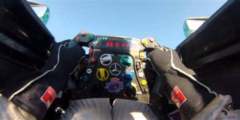 costo volante formula 1 191 cu 225 nto cuesta fabricar un auto de f 243 rmula 1 foto 1 de
