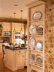 picture of creative kitchen storage ideas