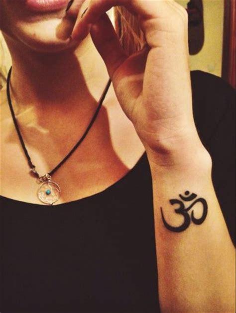 imagenes de yoga para tatuaje tatuajes de om tendenzias com