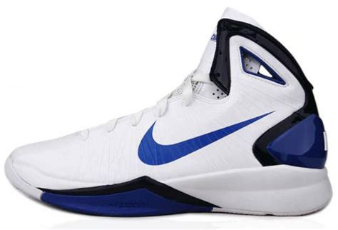 dirk nowitzki basketball shoes nike hyperdunk 2010 sz 10 mens basketball shoes white blue