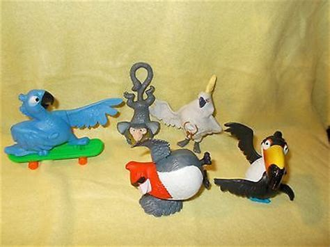 Mainan Figure Anak Fast Food Toys 2 mcdonald s happy meal toys 2011 6 pc lot bird figures cake toppers http hobbies
