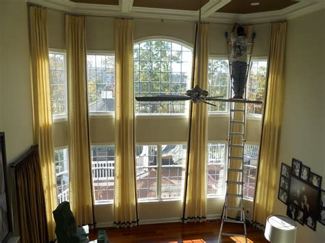 Two Story Living Room Curtains by Curtains On Two Story Windows Window
