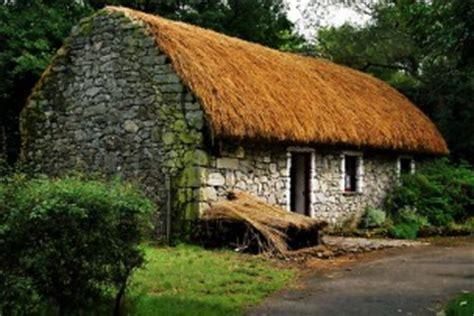 cottage irlandesi il cottage e le sue varianti anglosassone scandinavo e