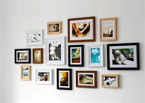 decorate the walls with picture frame designs