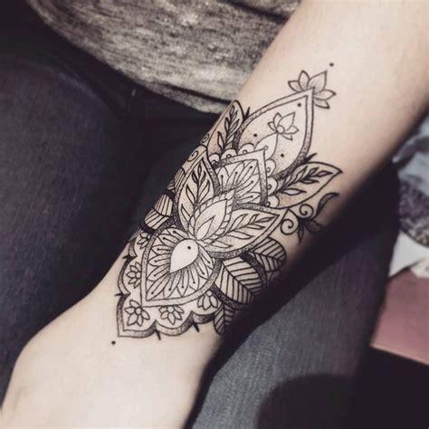 tattoo mandala bracelet floral wrist miss voodoo wrist tattoo pinterest
