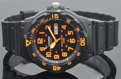 Casio Jam Tangan Lrw 200h 4ev Original jual jam tangan casio mrw 200h 4bvdf original