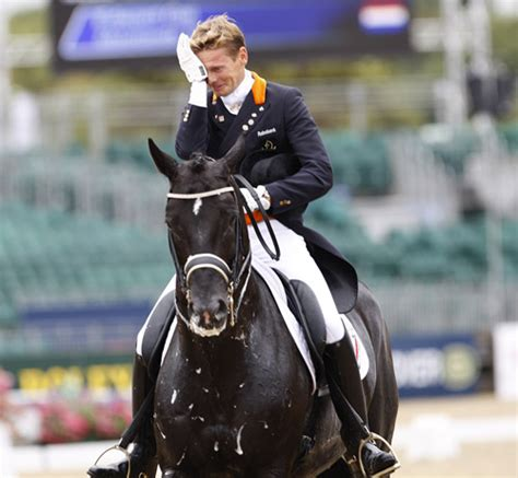 best dressage edward gal and moorlands totilas changing of the guard at the top of dressage dressage news