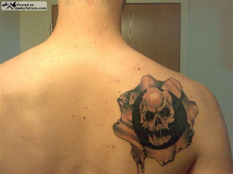 gears of war tattoo designs gears of war geeky tattoos