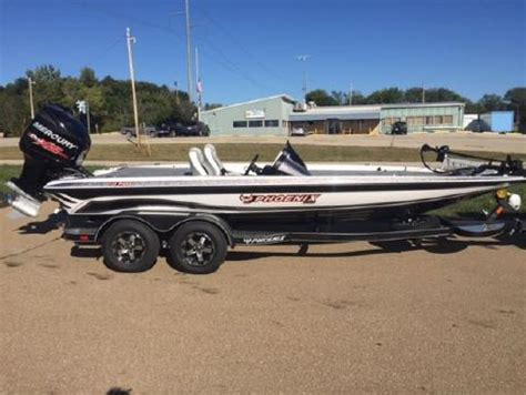 phoenix boats on boat trader page 2 of 5 phoenix boats for sale boattrader