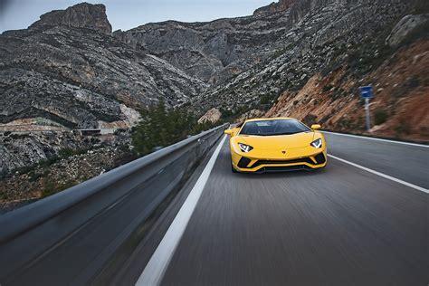 Wie Viel Kostet Der Lamborghini Aventador by Lamborghini Aventador S Agiler Bulle Mit 740 Ps